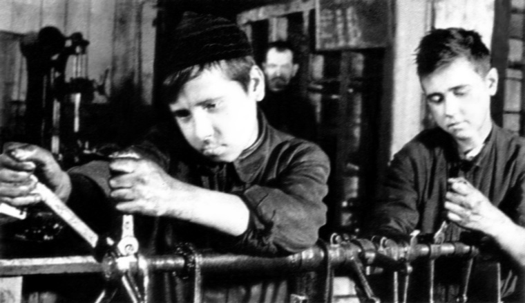 Russian schoolboys, May 1943