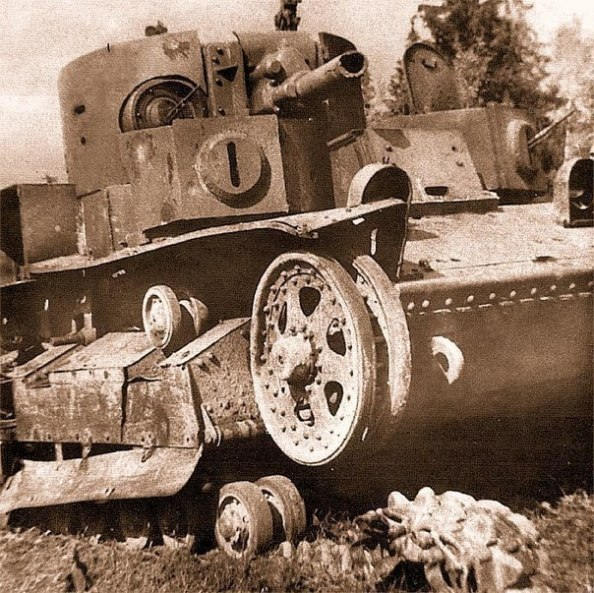 Героический Т-28