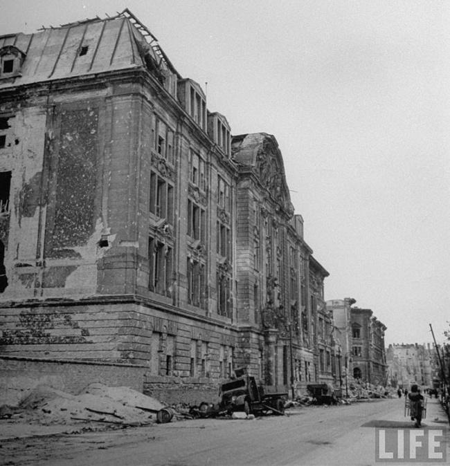 Берлин.Главное здание Гестапо на Принц-Альбрехт-штрассе.