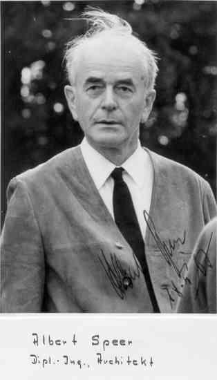 Альберт Шпеер в 1967 году